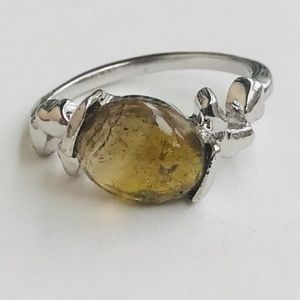 Jewelry - Pretty brown natural tourmaline ring